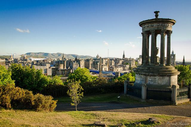 Edinburgh skyline  Patrick Franzis : Flickr (CC BY-NC-ND 2.0)